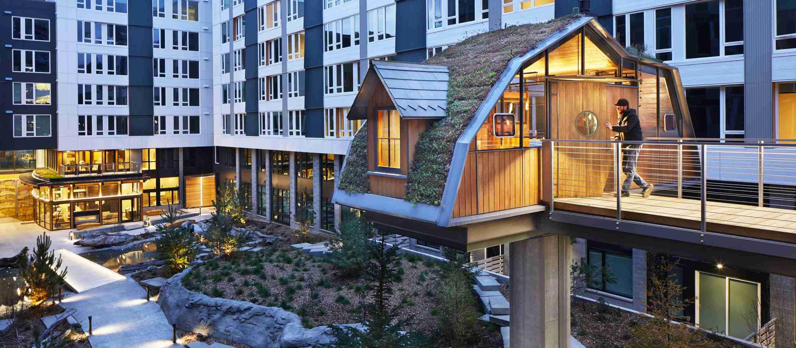 Runberg-Sitka-exterior-treehouse